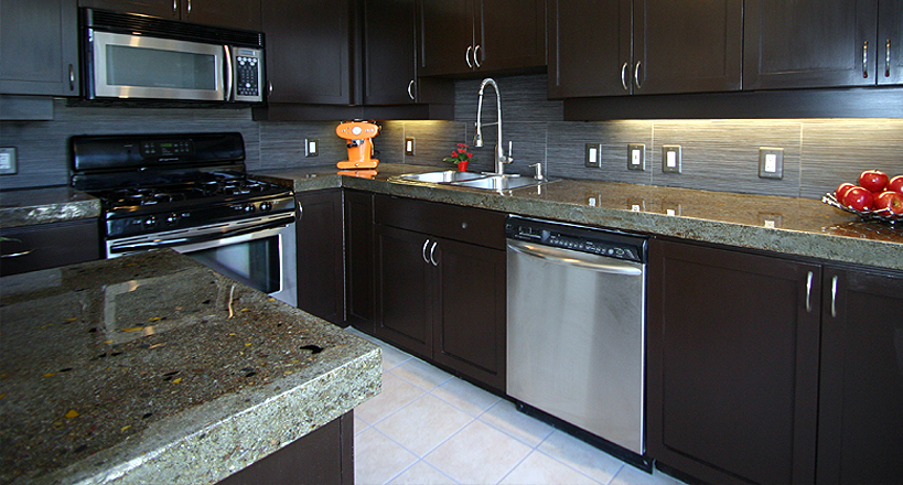 Kitchen Countertop Epoxy Paint : in Rockford, Epoxy Bar Tops in Rockford, Epoxy kitchen countertops ...